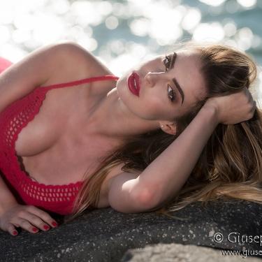 Nicole Cartigiano ♫