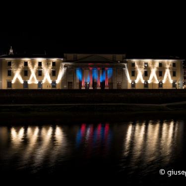 Firenze: giochi di luce sull'Arno