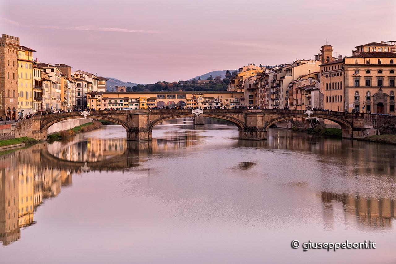 Firenze: Ponte Vecchio dopo il tramonto